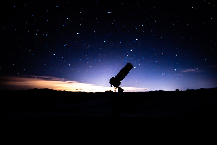 Top 10 Unique Things That An Astronomy Lover Needs
